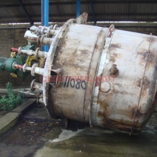 11080 - 3,800 LITRE STAINLESS STEEL  TANK, INTERNAL STEAM COIL,FLAME PROOF MIXING TANK