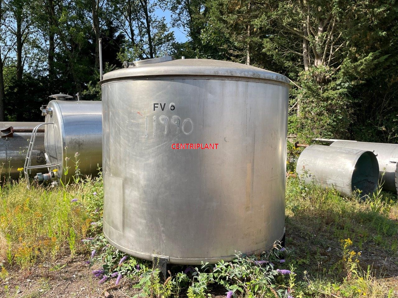 11990 - 8,000 LTR STAINLESS STEEL TANK