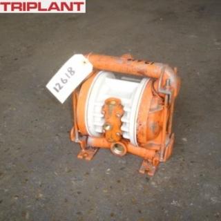 12618 - WILDEN 1in STN/STL 316 DIAPHRAGM PUMP,TYPE M2,
