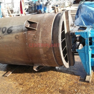 13106 - 1350 LITRE STAINLESS STEEL STEAM JACKETED MIXING TANK