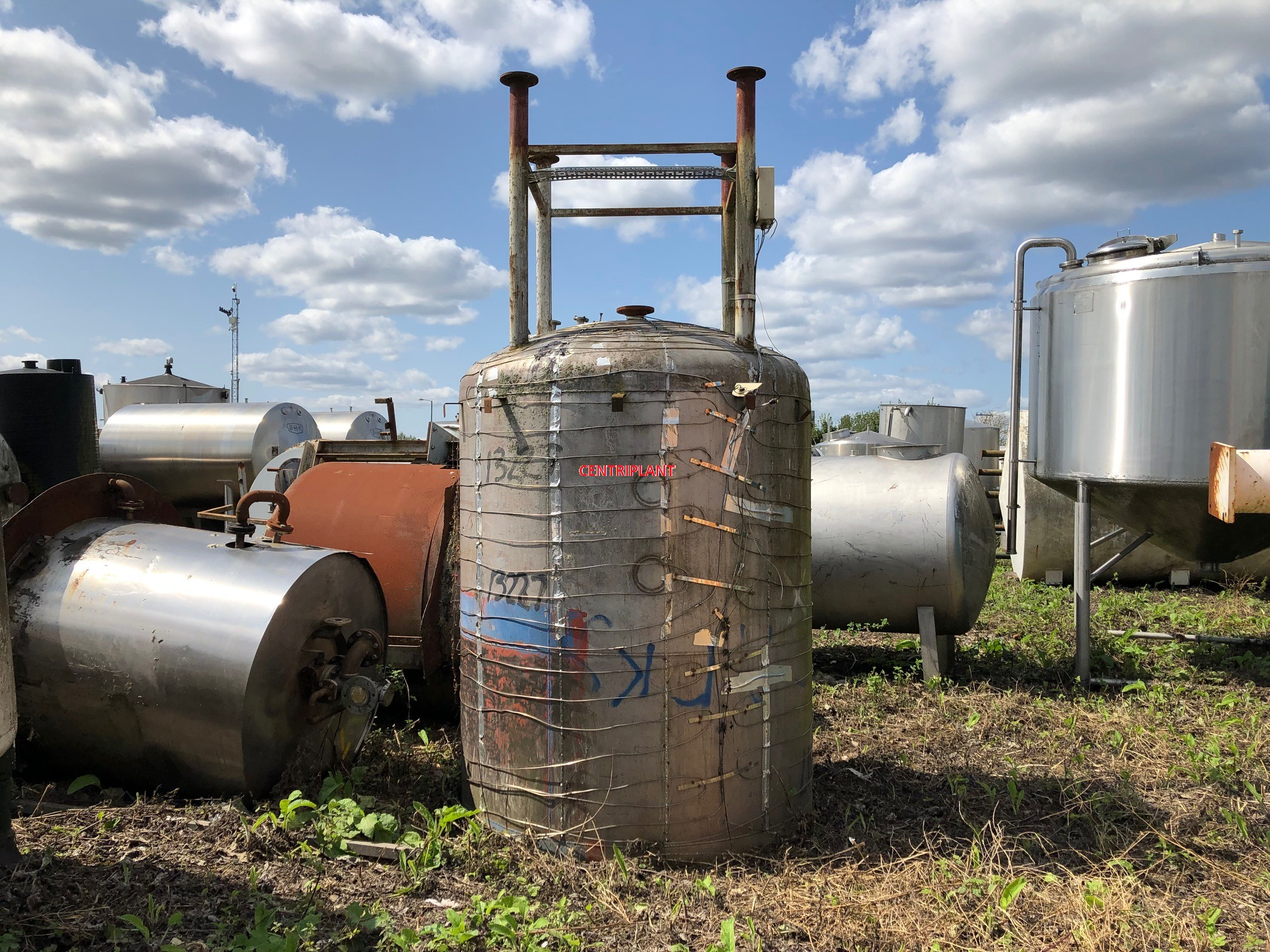 13227 - 6,000 LITRE STAINLESS STEEL OPEN TOP TANK