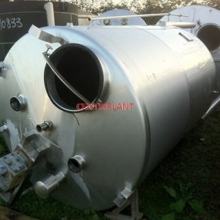 13302 - 4,600 LITRE VERTICAL STAINLESS STEEL MIXING VESSEL