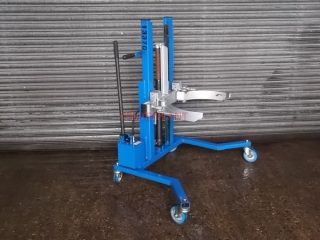 13370 - MOBILE HYDRAULIC DRUM LIFTER