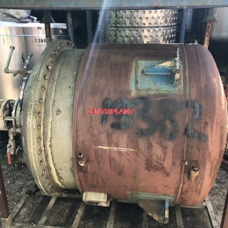 13382 - 950 LITRE STEAM JACKETED MIXING TANK