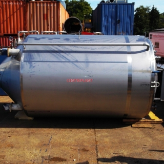 13463 - 17,250 LITRE STAINLESS STEEL CHILLED JACKETED MIXING TANK, INSULATED AND CLAD WITH ST/ST.