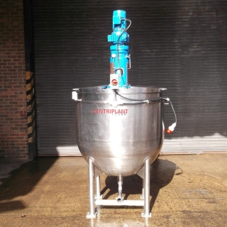 13592 - 840 LITRE STAINLESS STEEL WATER JACKETED VARIABLE SPEED MIXING TANK
