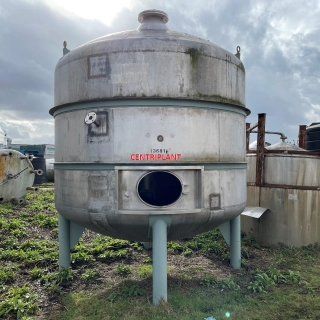 13681 - 12,000 LITRE VERTICAL STAINLESS STEEL TANK, DISHED ENDS, TANK STANDING ON THREE LEGS