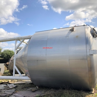 14065 - 40,000 LITRE VERTICAL STAINLESS STEEL STORAGE TANK INSULATED AND CLAD