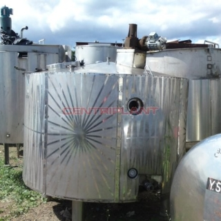 2719 - 4300 LTR ENCLOSED TANK