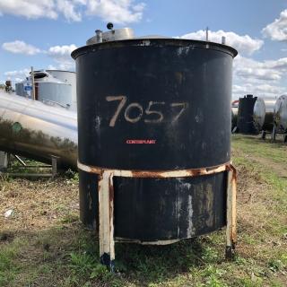 7057 - 4000 LTR VERTICAL ST/ST TANK