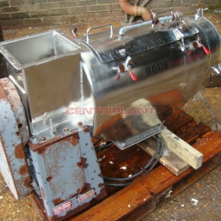 9009 - RUSSELL STAINLESS STEEL SIEVE 250 MM DIA X 700 MM LONG.