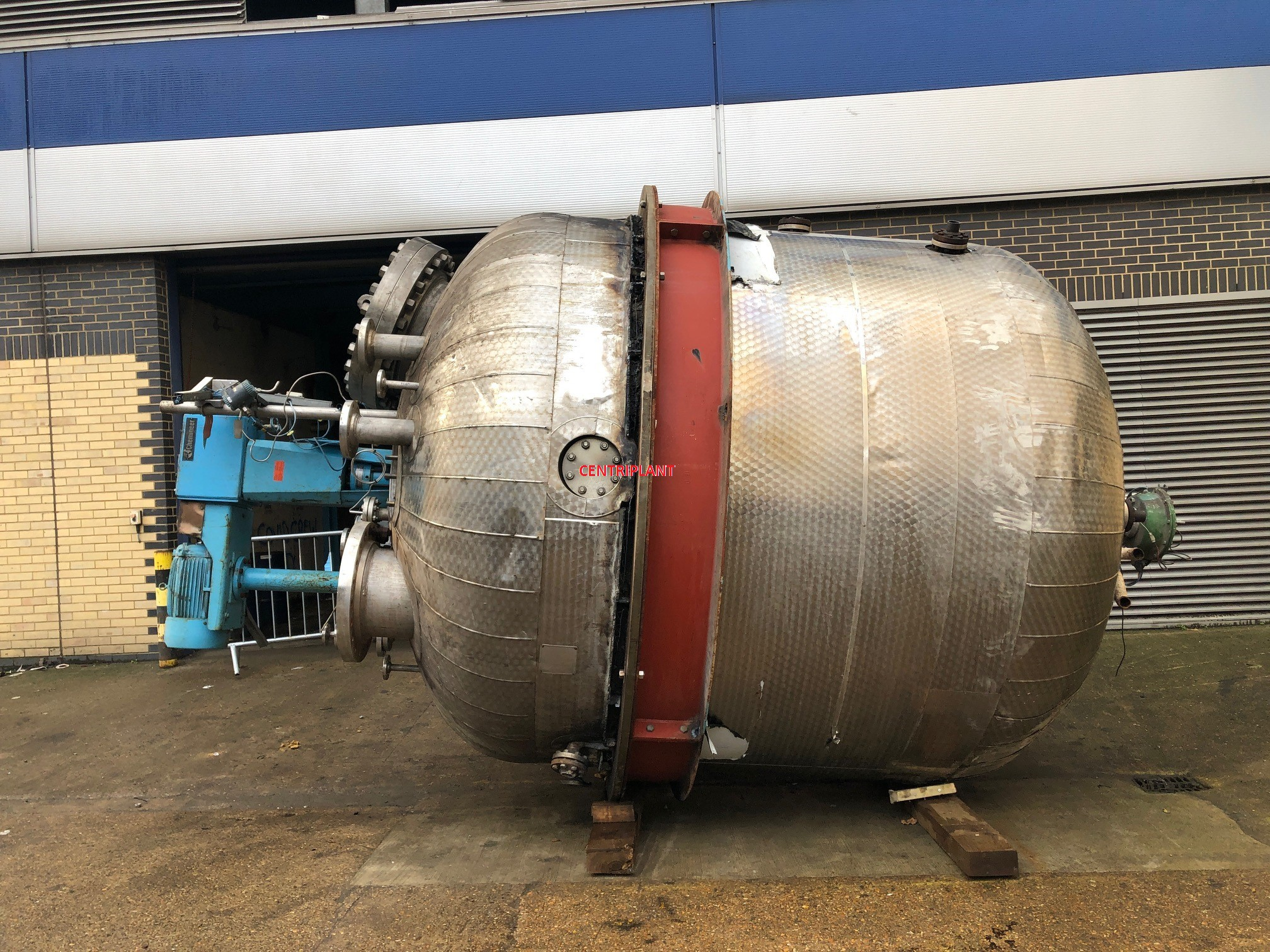 96145 - 10,000 LITRE STAINLESS STEEL PRESSURE &  LIMPET COIL REACTOR