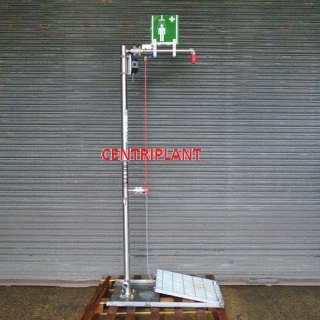 96175 - HUGHES STAINLESS STEEL SAFETY SHOWERS